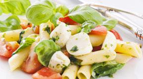 Latte e derivati, importanti per l'apporto di proteine e calcio nelle diete vegetariane