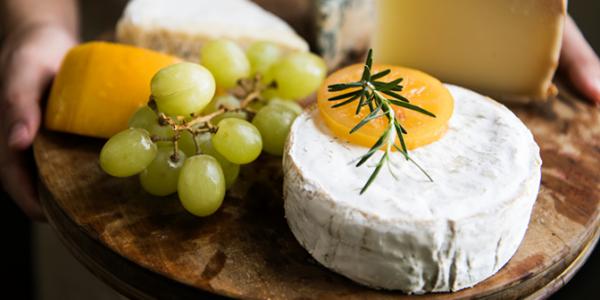 Ipercolesterolemia e prodotti caseari: no a una dieta senza formaggio
