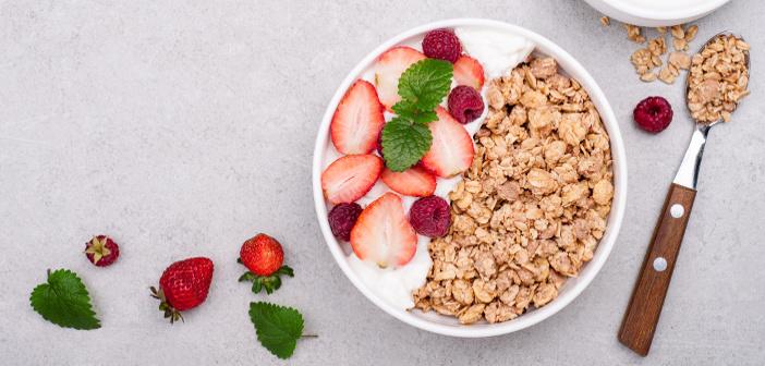 Yogurt e fegato: il consumo abituale protegge dall'accumulo di grasso